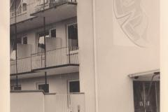 Haupteingang und Sicht auf Verwaltungsräume (Archiv Abeln)